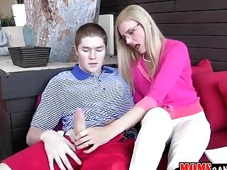 Jake Taylor Is Fellated By A Cougar Princess ....